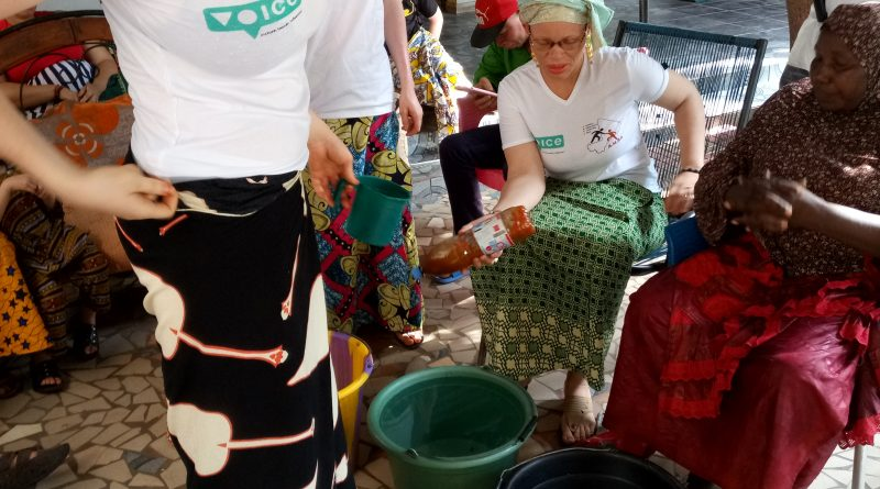 Organisation d'une journée de sensibilisation d'échange d'expérience ; à l'apprentissage  pour une  insertion économique et l'autonomisation des femmes bénéficiaires